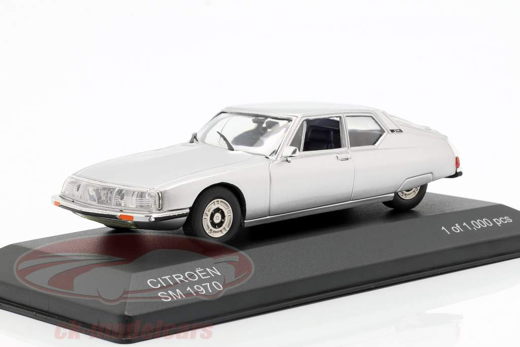 Citroen SM Bouwjaar 1970 zilver 1:43 WhiteBox