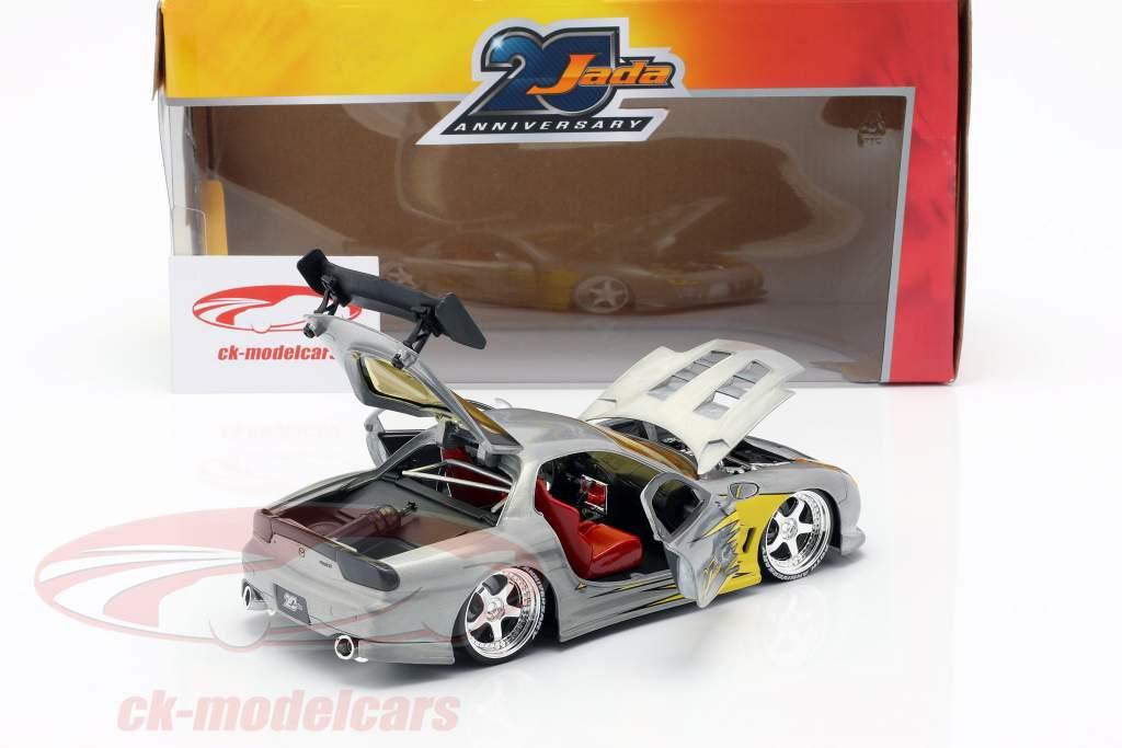 Mazda RX-7 Bouwjaar 1993 zilver / geel 1:24 Jada Toys