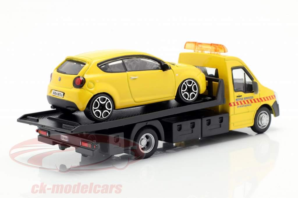 Alfa Romeo Mito com transportador de mesa amarelo 1:43 Bburago
