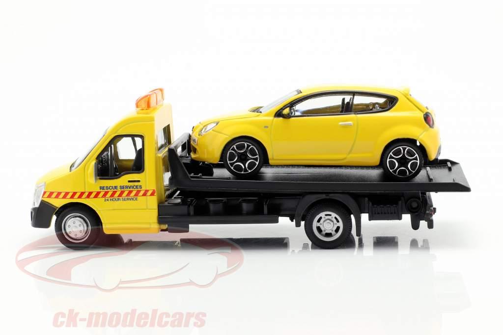 Alfa Romeo Mito with Flatbed transporter yellow 1:43 Bburago