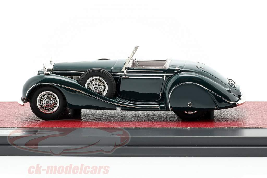 Mercedes-Benz 540K Roadster especial Sindelfingen año de construcción 1939 verde oscuro 1:43 Matrix