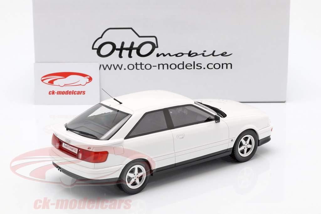 Audi 80 S2 Coupe Baujahr 1991 perlweiß 1:18 OttOmobile