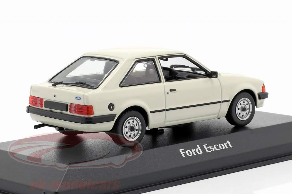 Ford Escort Bouwjaar 1981 lichtgrijs 1:43 Minichamps