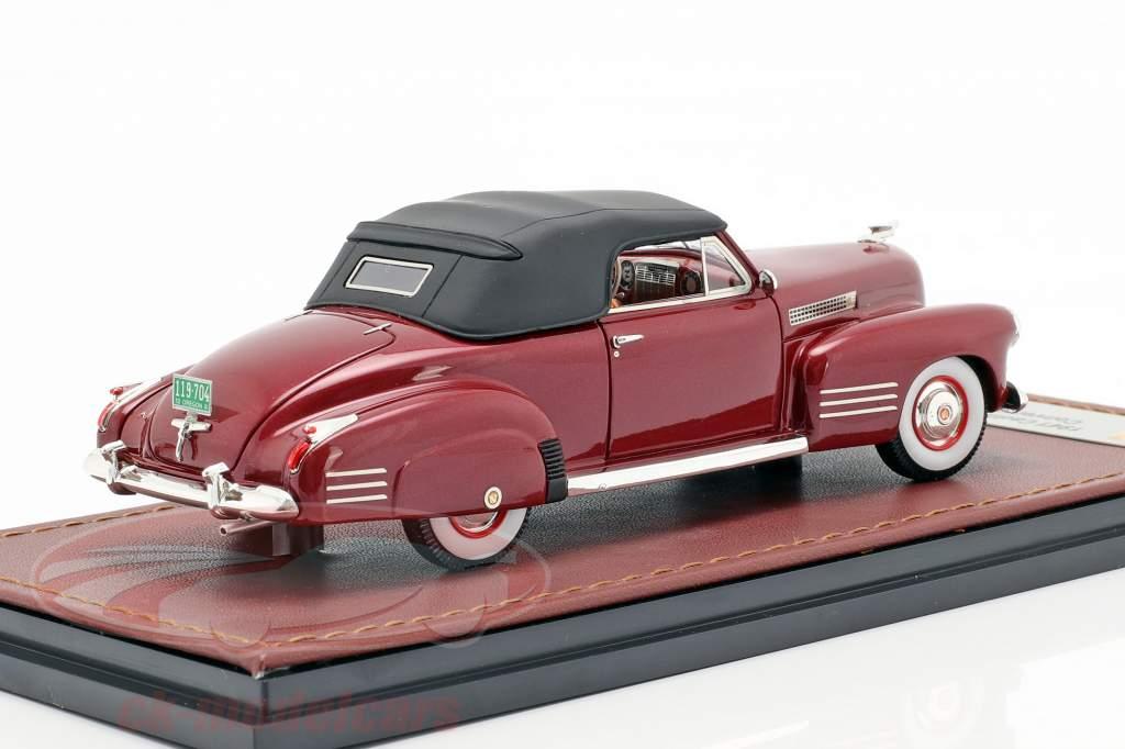 Cadillac Series 62 Cabriolet Closed Top Opførselsår 1941 mørk rød 1:43 GLM