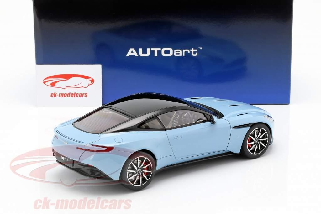 Aston Martin DB11 Coupe Baujahr 2017 hellblau metallic 1:18 AUTOart