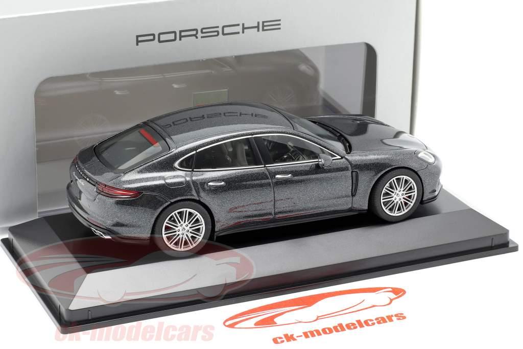 Porsche Panamera Turbo (2. Gen.) Ano 2016 vulcão cinzento metálico 1:43 Herpa