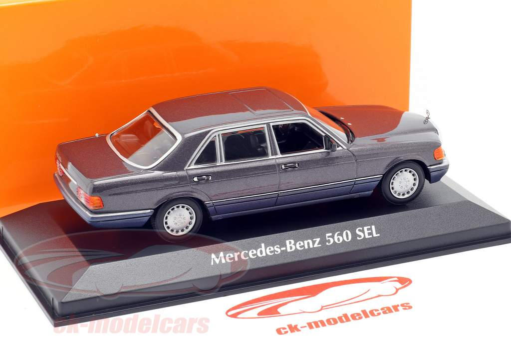 Mercedes-Benz 560 SEL (W126) anno di costruzione 1990 viola metallico 1:43 Minichamps