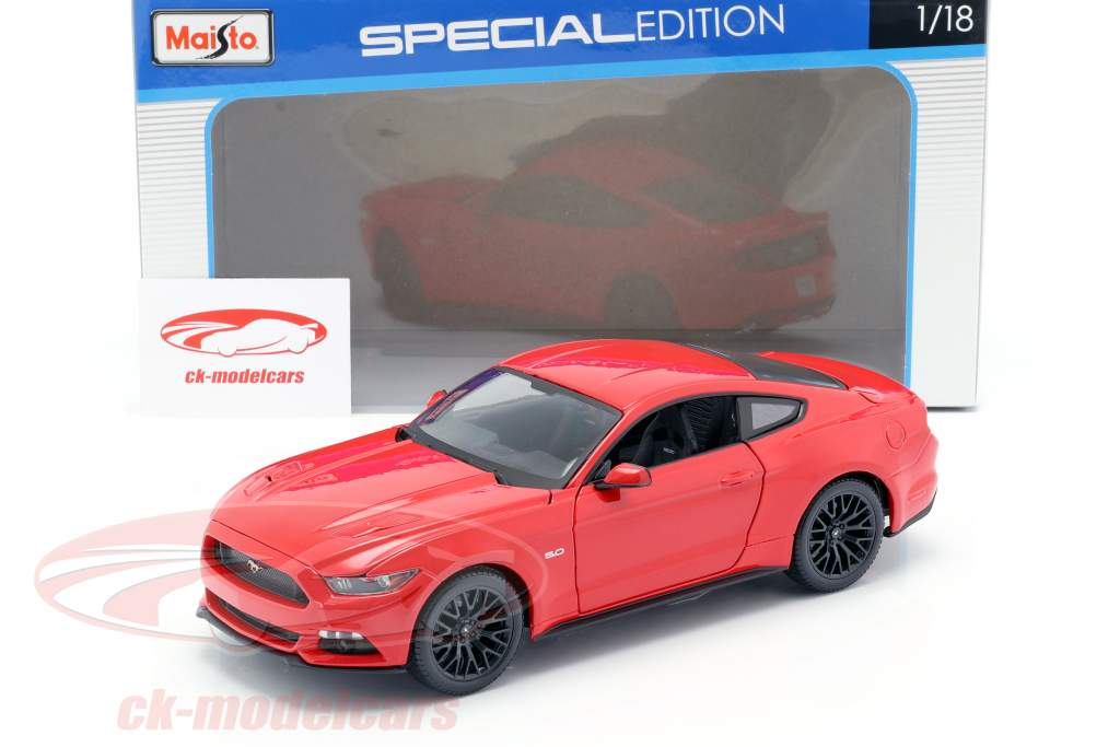 Ford Mustang Byggeår 2015 rød 1:18 Maisto