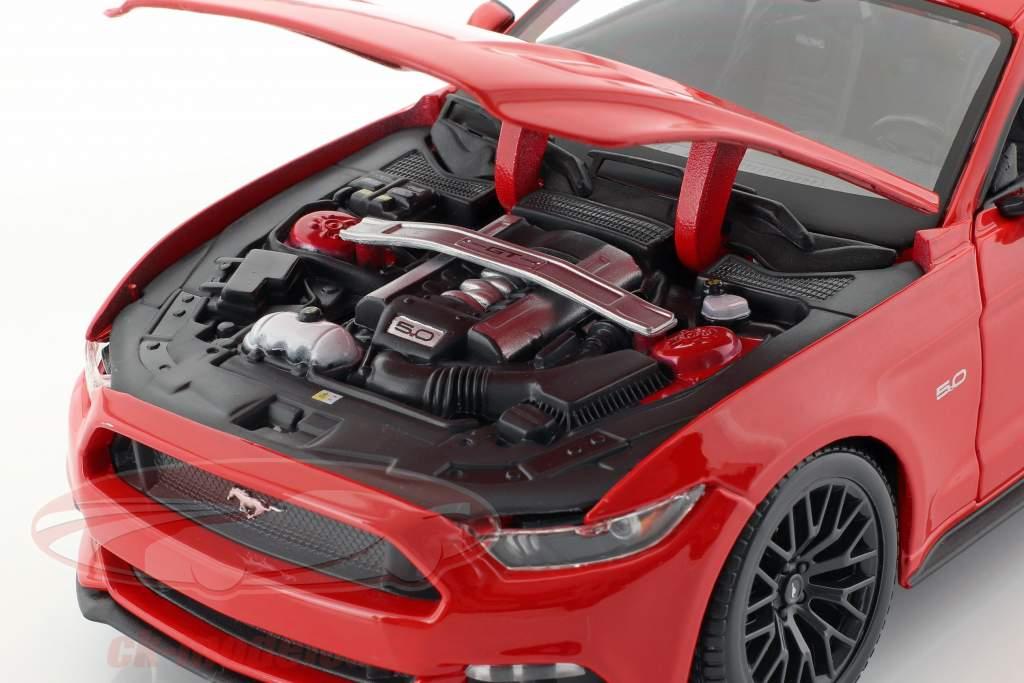 Ford Mustang Anno di costruzione 2015 rosso 1:18 Maisto