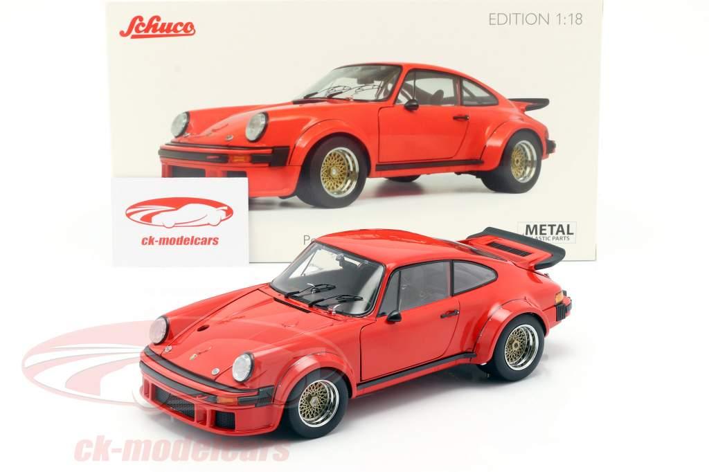 Porsche 934 ano de construção 1976 guardas vermelho 1:18 Schuco