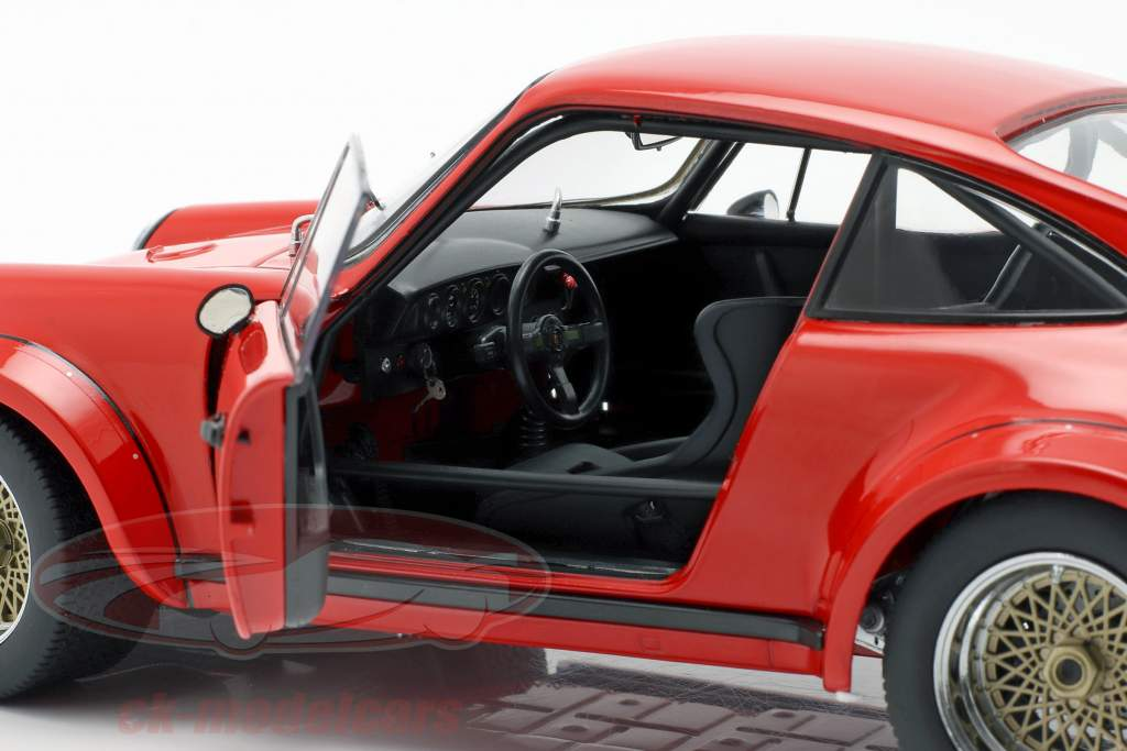 Porsche 934 Opførselsår 1976 vagter rød 1:18 Schuco