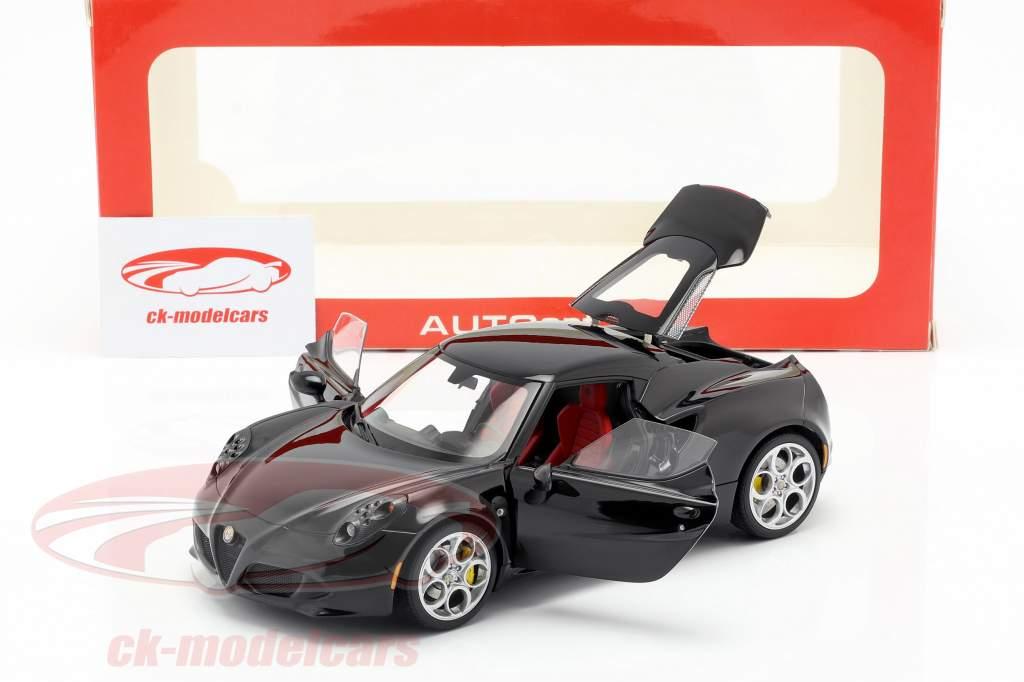 Alfa Romeo 4C Baujahr 2013 schwarz 1:18 AUTOart