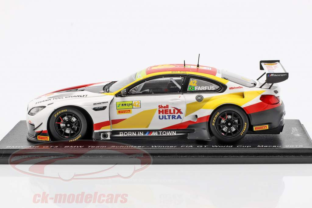 BMW M6 GT3 #42 winnaar FIA GT World Cup Macau 2018 Augusto Farfus 1:43 Spark