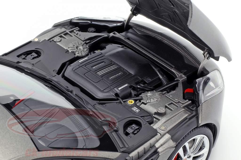 Jaguar F-Type R Coupe Jaar 2015 mat grijs 1:18 AUTOart