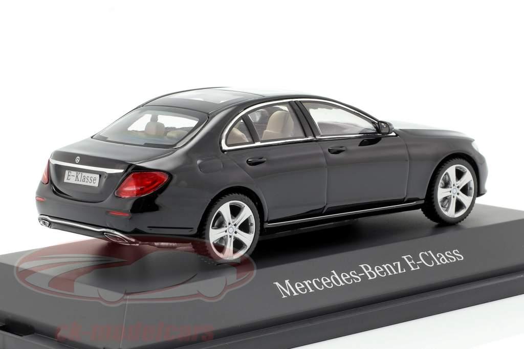 Mercedes-Benz E-Klasse W213 Avantgarde obsidienne noir 1:43 iScale