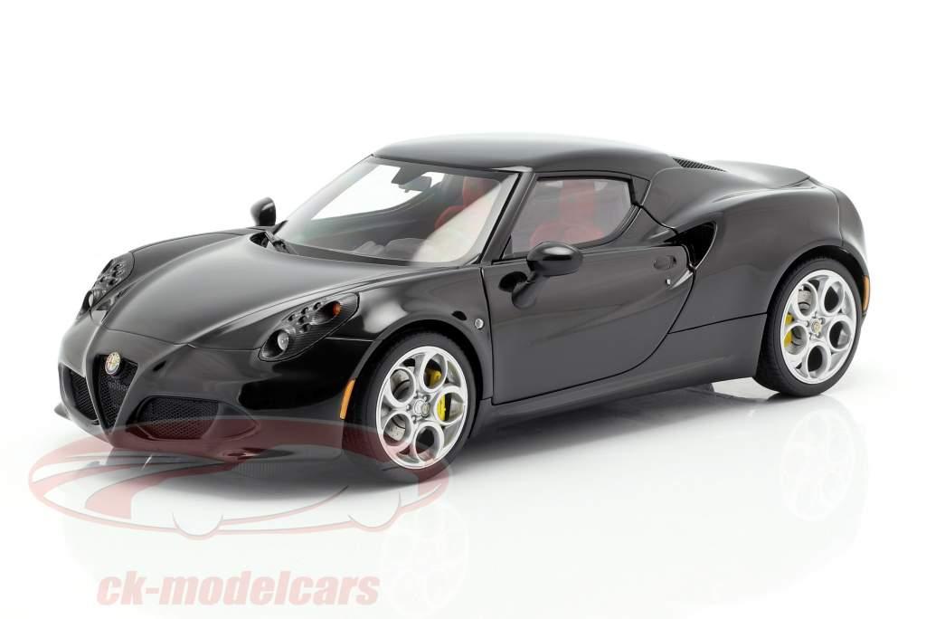 Alfa Romeo 4C année 2013 noir 1:18 AUTOart