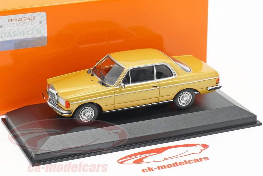 Mercedes-Benz 230CE (W123) ano de construção 1976 ouro metálico 1:43 Minichamps