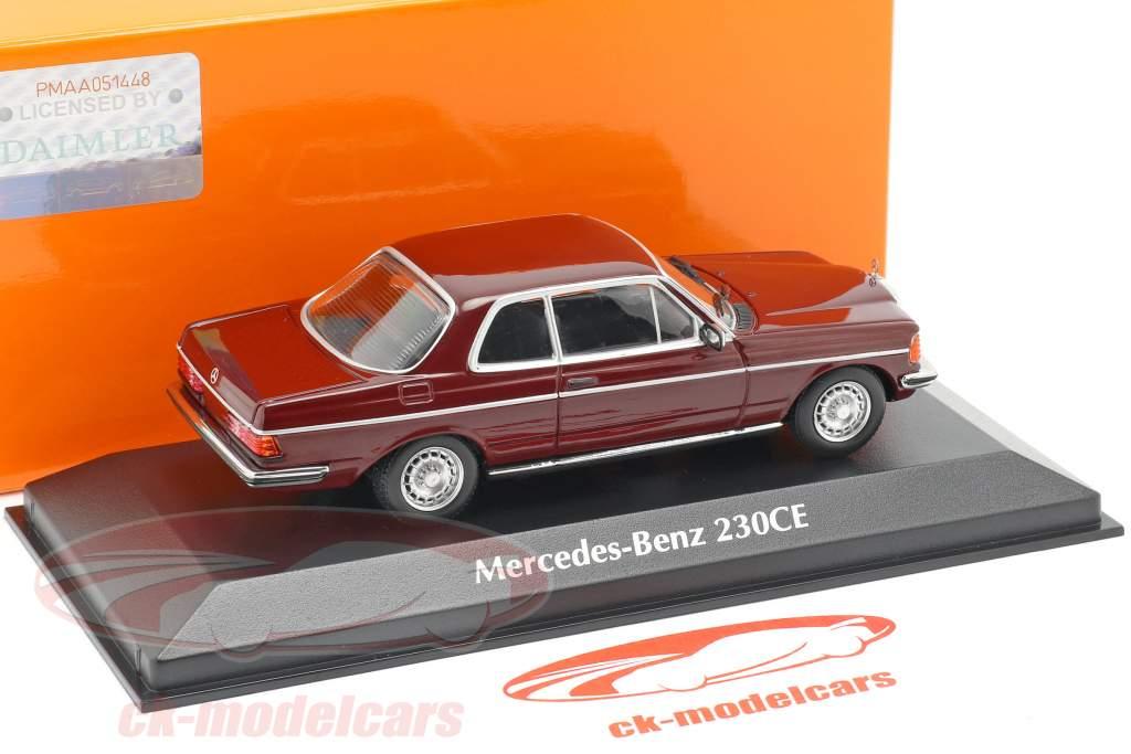 Mercedes-Benz 230CE (W123) Bouwjaar 1976 donker rood 1:43 Minichamps