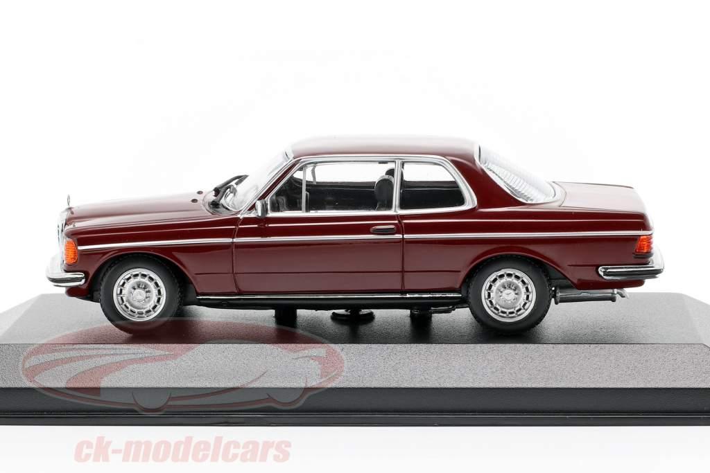 Mercedes-Benz 230CE (W123) année de construction 1976 sombre rouge 1:43 Minichamps