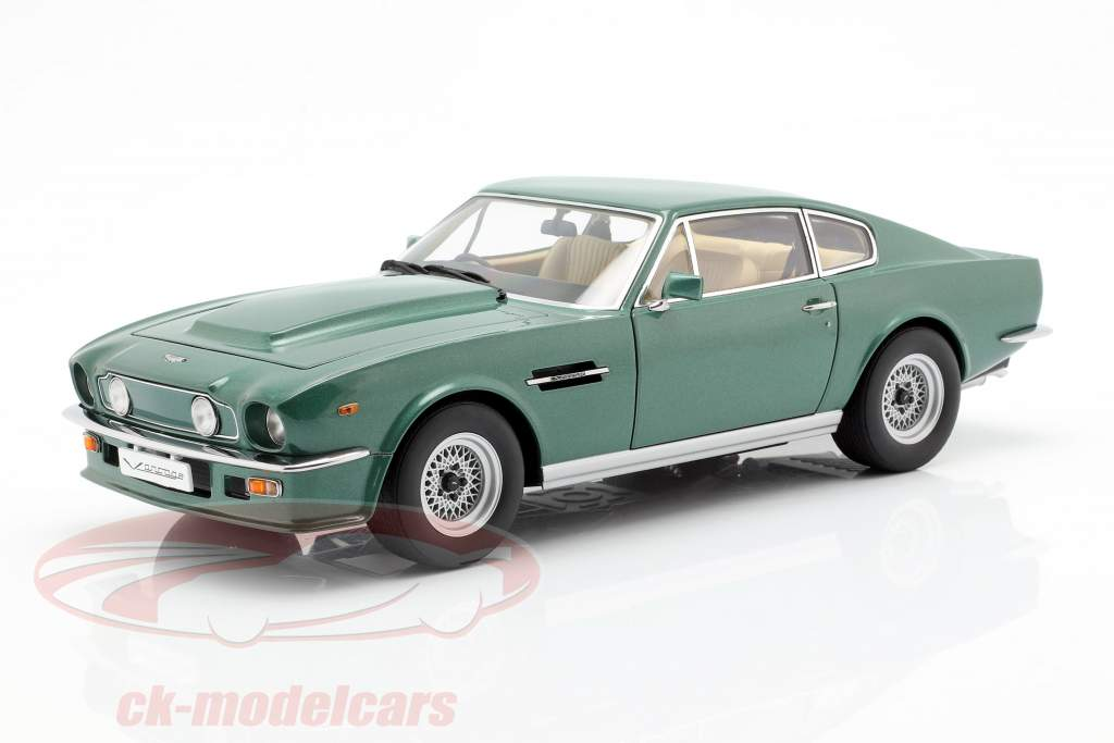 Aston Martin V8 Vantage Baujahr 1985 grün 1:18 AUTOart