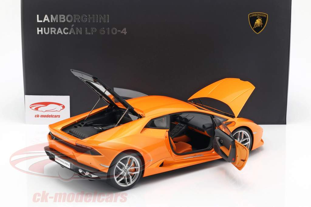 Lamborghini Huracan LP610-4 jaar 2014 borealis oranje 1:12 AUTOart