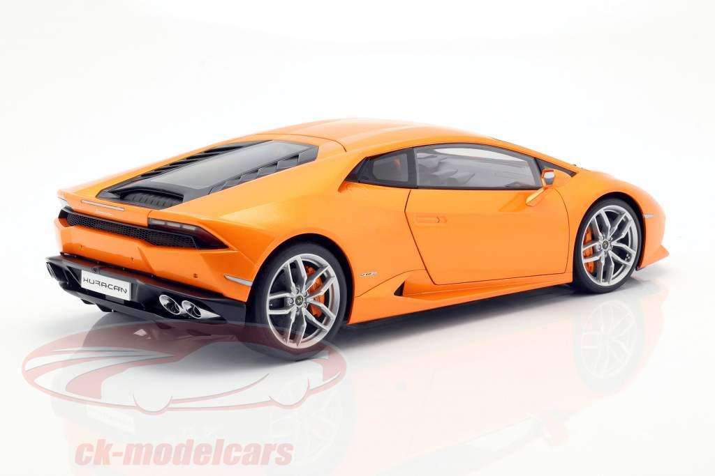 Lamborghini Huracan LP610-4 ano 2014 borealis laranja 1:12 AUTOart