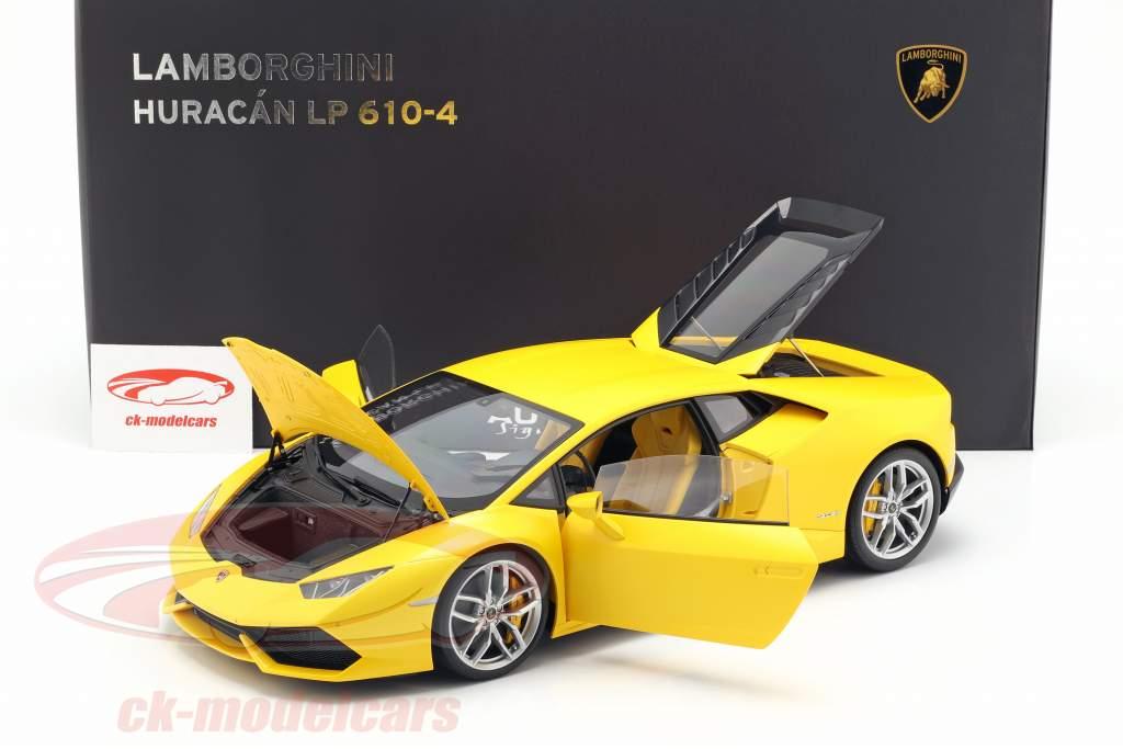 Lamborghini Huracan LP 610-4 anno 2014 giallo 1:12 AUTOart
