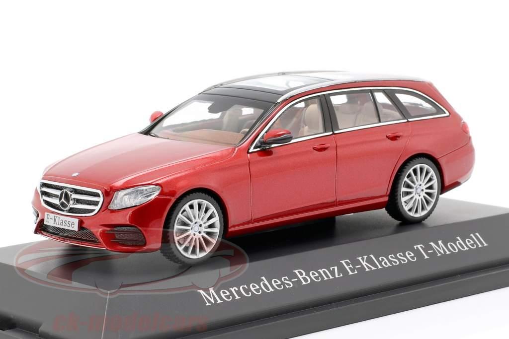Mercedes-Benz E-Klasse T-Modell S213 AMG line hyazinth red metallic 1:43 Kyosho MB