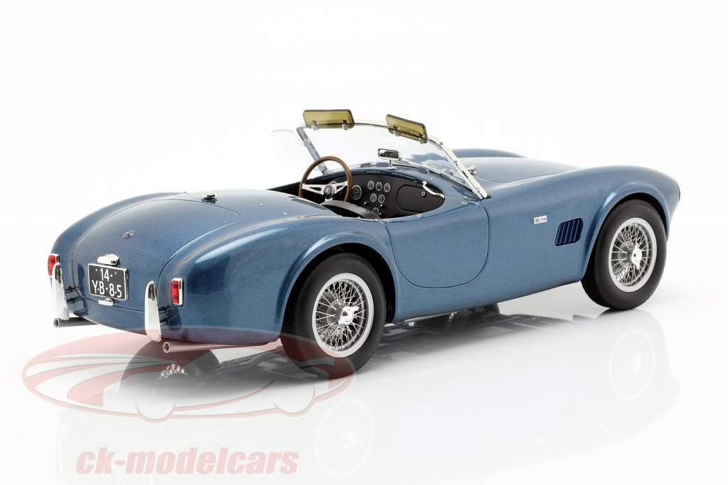 AC Cobra 289 Spider Bouwjaar 1963 blauw metalen 1:18 Norev