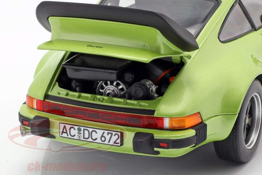Porsche 911 Turbo 3.3 Baujahr 1978 silbergrün metallic 1:18 Norev