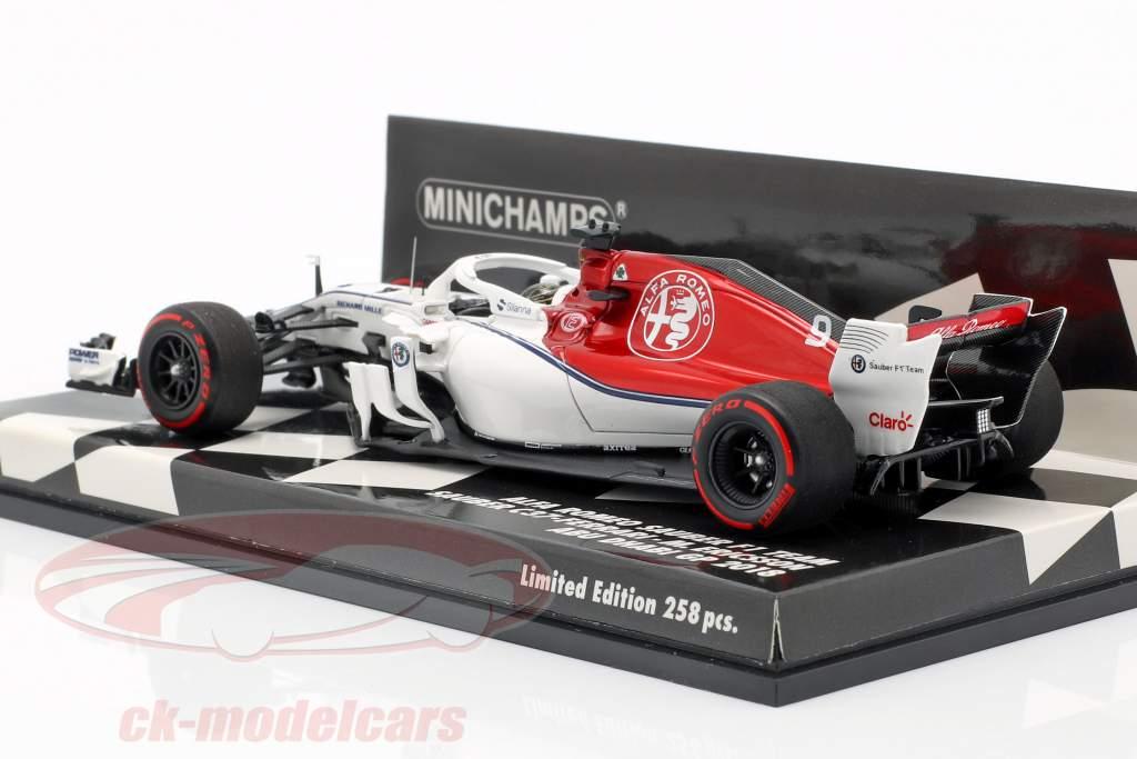 Marcus Ericsson Sauber C37 #9 Abu Dhabi GP fórmula 1 2018 1:43 Minichamps