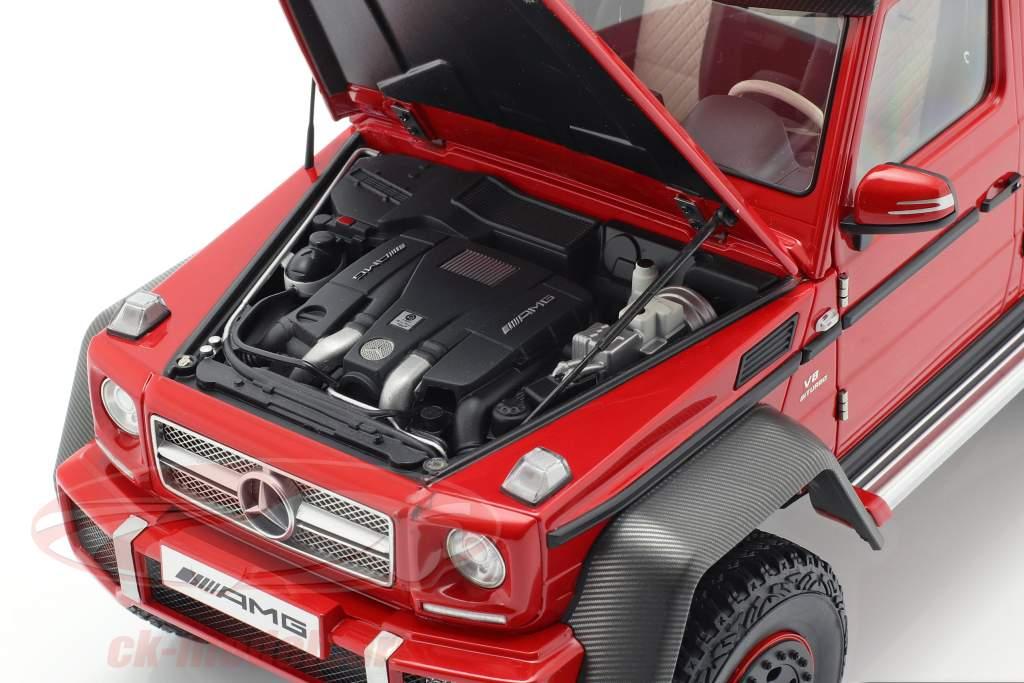Mercedes-Benz G63 AMG 6x6 año 2013 rojo 1:18 AUTOart