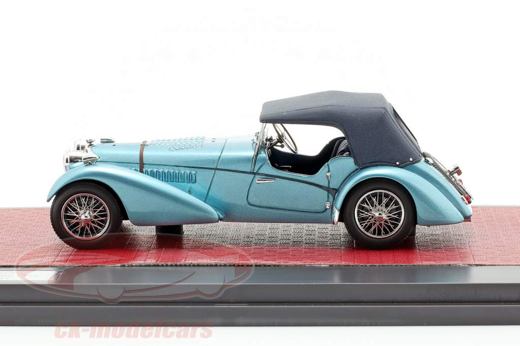 Bugatti T57 Roadster Vanden Plas Closed Baujahr 1938 blau metallic 1:43 Matrix