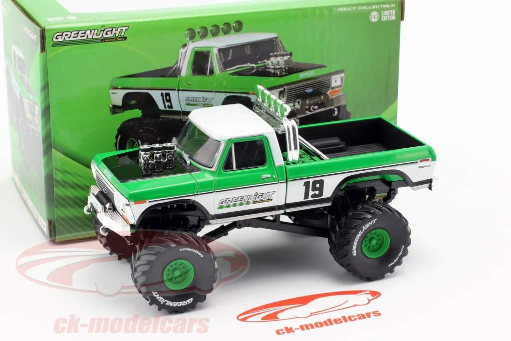 Ford F-250 Monster Truck Bouwjaar 1974 groen / wit 1:43 Greenlight