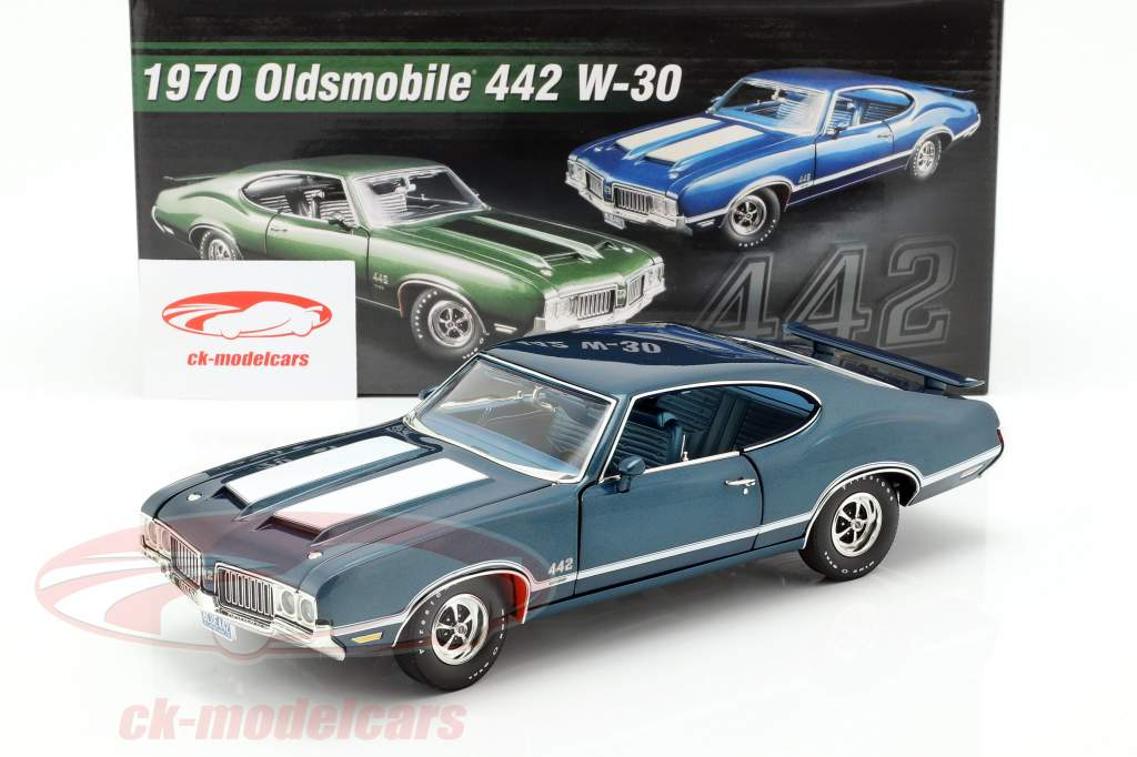 Oldsmobile 442 W-30 Bouwjaar 1970 blauw / wit 1:18 GMP
