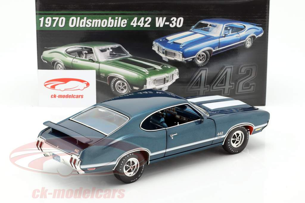 Oldsmobile 442 W-30 année de construction 1970 bleu / blanc 1:18 GMP