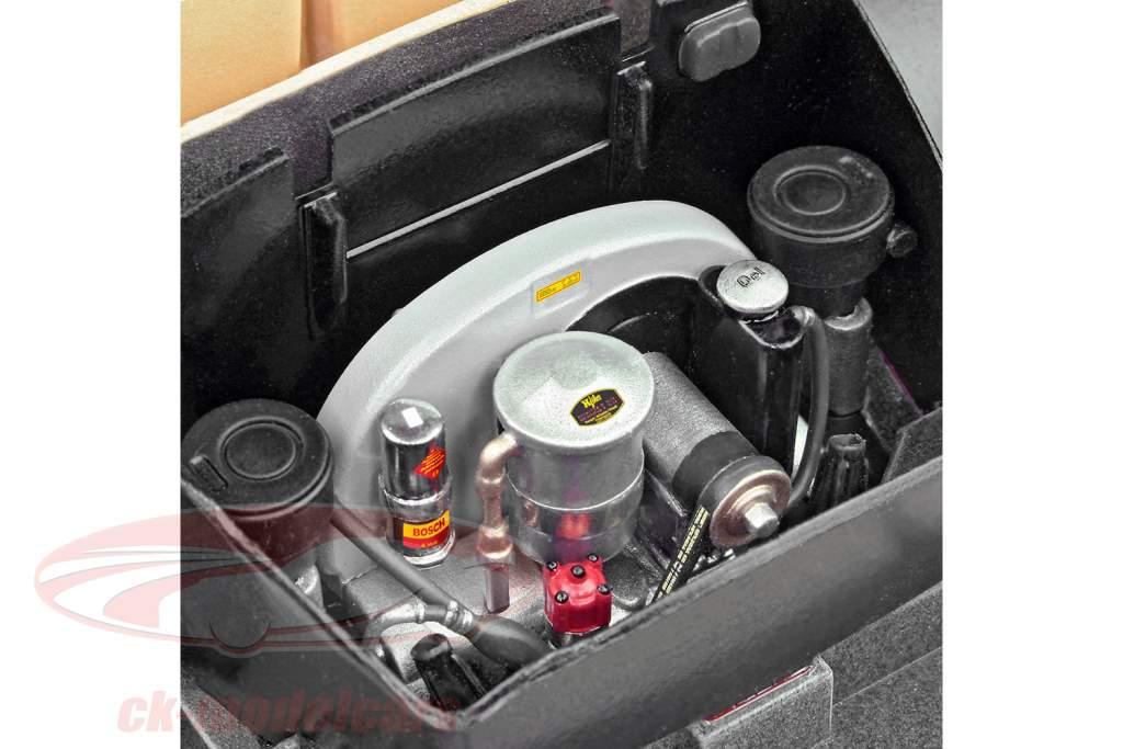 Porsche 356 C Cabriolet kit black 1:16 Revell