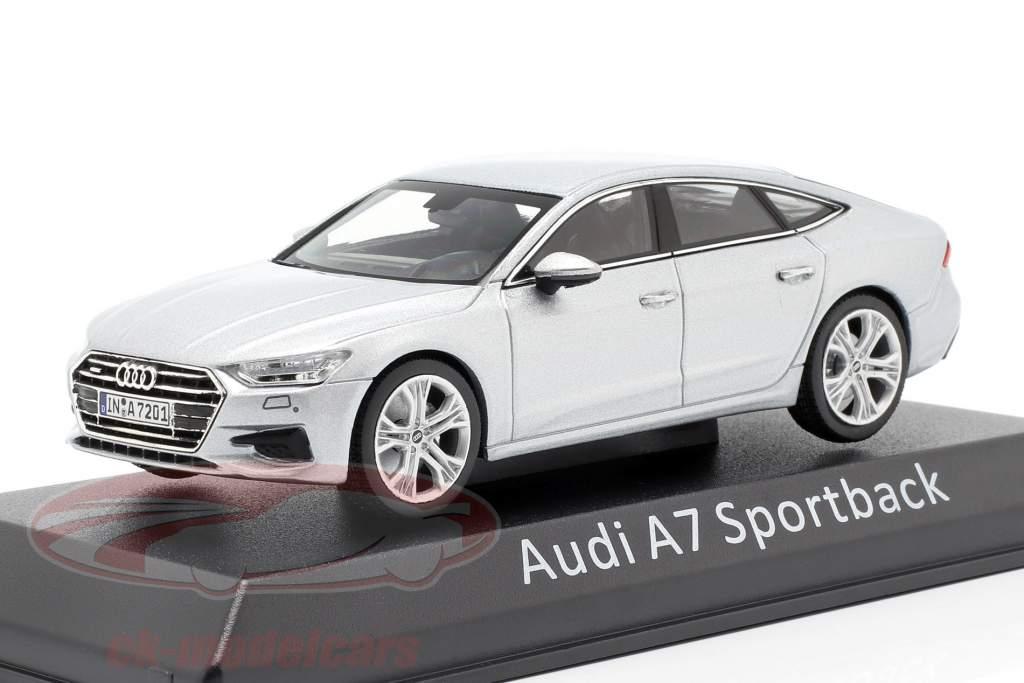 Audi A7 Sportback zilver 1:43 iScale