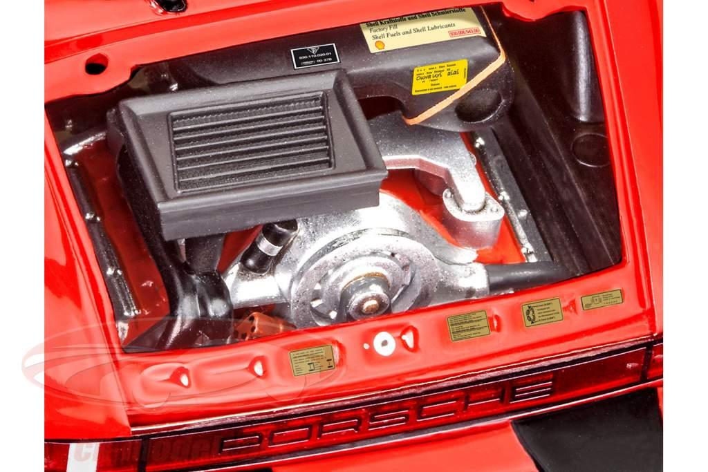Porsche 911 Turbo uitrusting rood 1:24 Revell