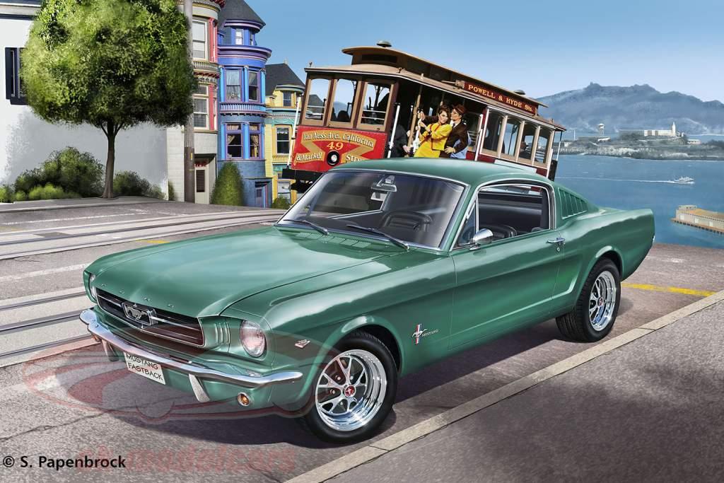 Ford Mustang 2 2 fastback uitrusting grün 1:24 Revell