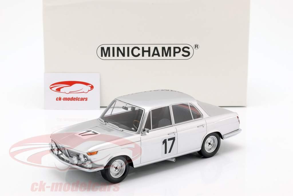 BMW 2000 TI #17 winnaar 24h Spa 1966 Ickx / Hahne 1:18 Minichamps