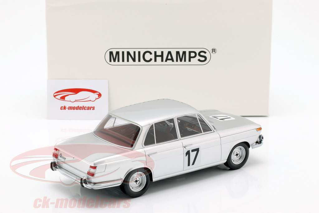 BMW 2000 TI #17 ganador 24h Spa 1966 Ickx / Hahne 1:18 Minichamps