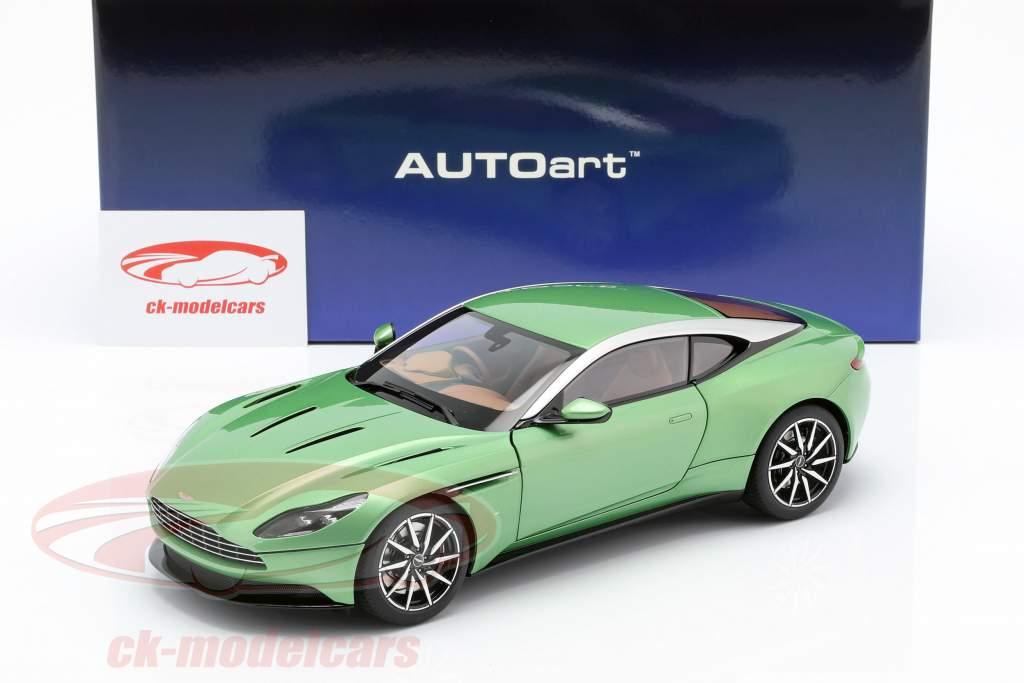Aston Martin DB11 ano de construção 2017 macieira verde 1:18 AUTOart