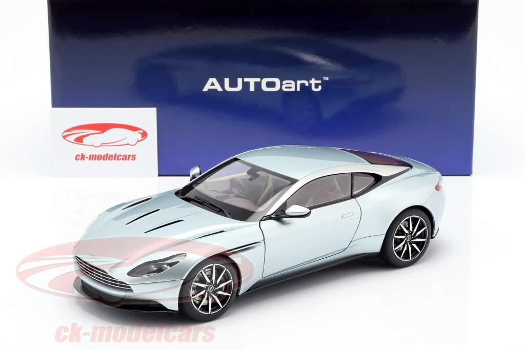 Aston Martin DB11 año de construcción 2017 Skyfall plata 1:18 AUTOart