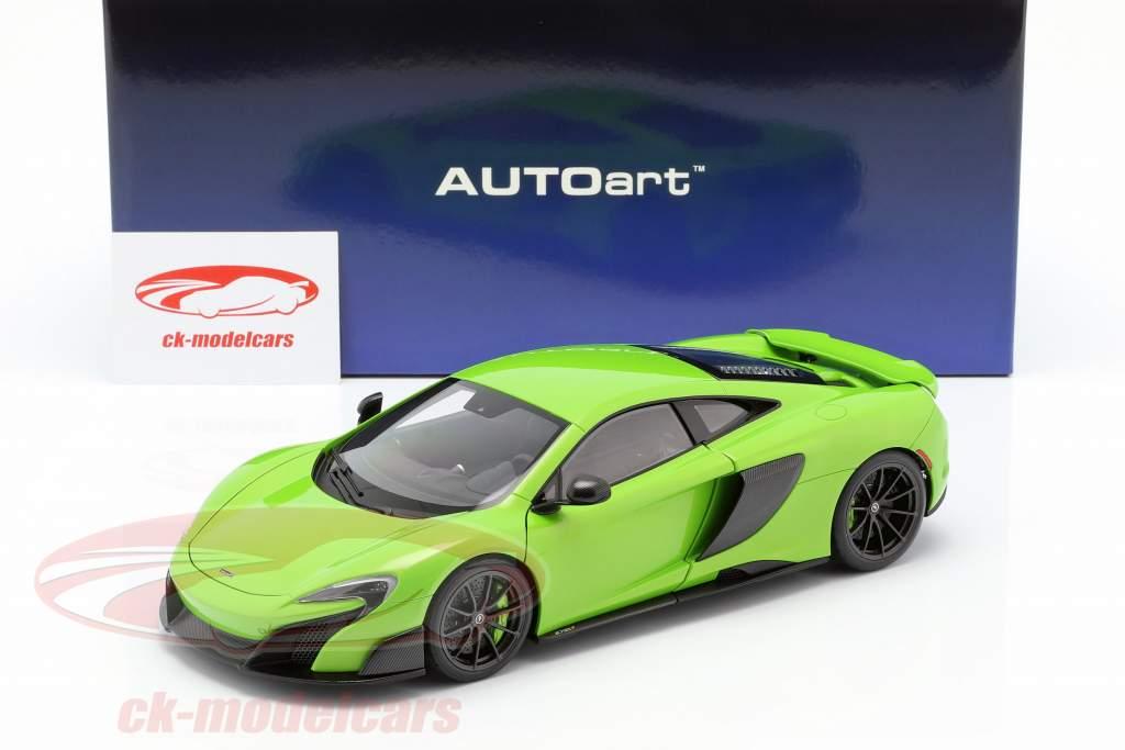 McLaren 675LT ano de construção 2016 verde 1:18 AUTOart