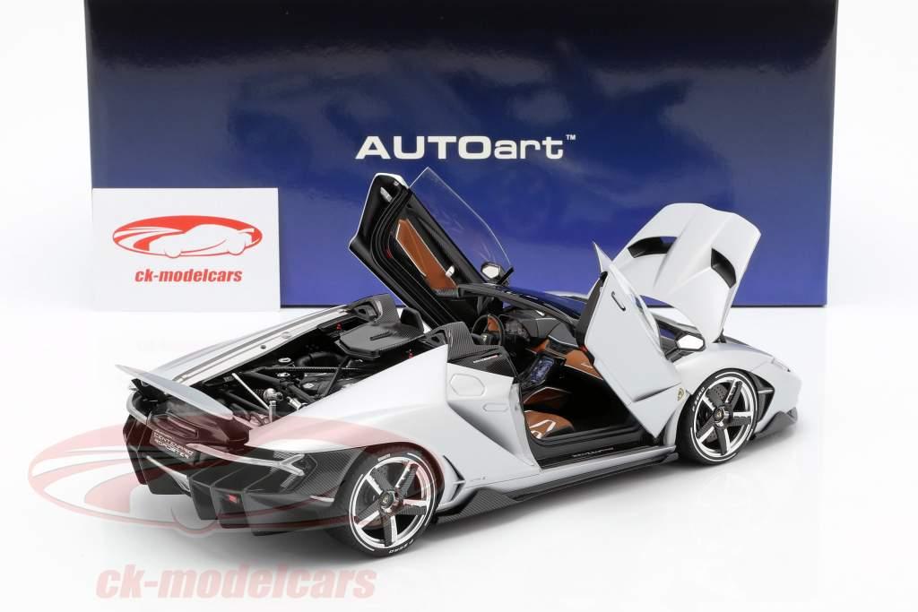 Lamborghini Centenario Roadster Baujahr 2016 silber 1:18 AUTOart