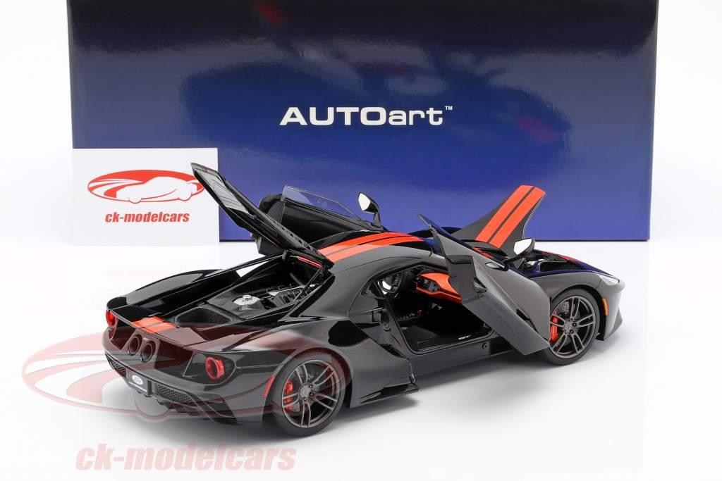 Ford GT Opførselsår 2017 sort / appelsin 1:18 AUTOart