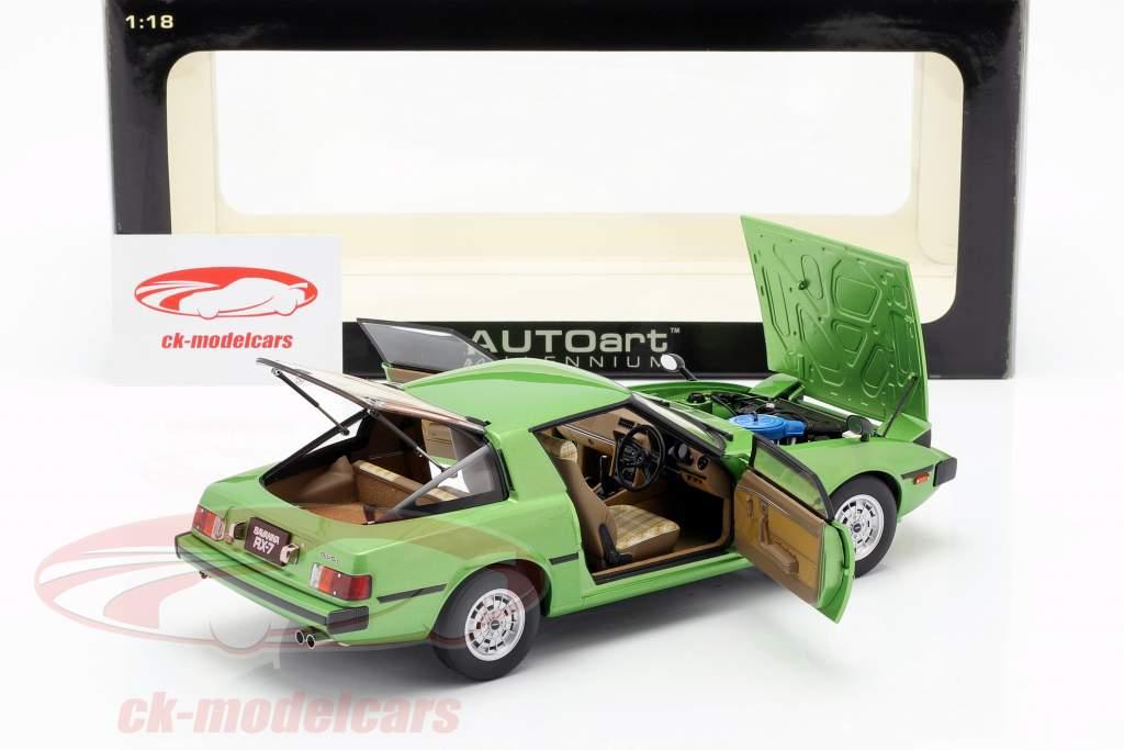 Mazda Savanna RX-7 (SA) GT-Limited anno di costruzione 1978 verde 1:18 AUTOart