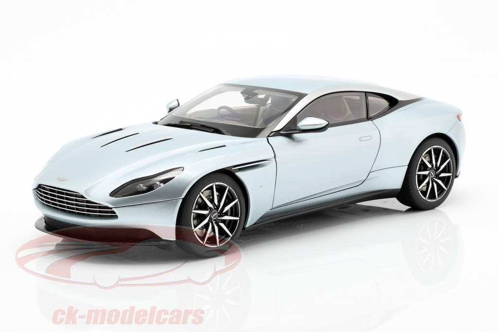 Aston Martin DB11 anno di costruzione 2017 Skyfall argento 1:18 AUTOart