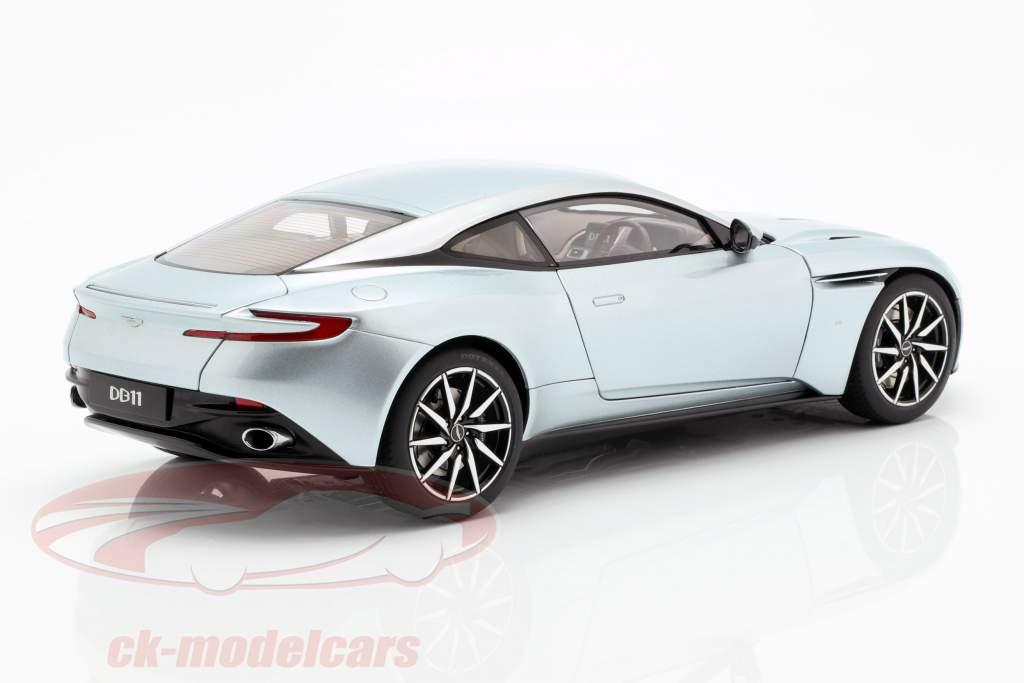 Aston Martin DB11 Baujahr 2017 skyfall silber 1:18 AUTOart